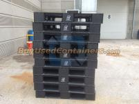 Used 43x43x6 Plastic Stackable Pallet
